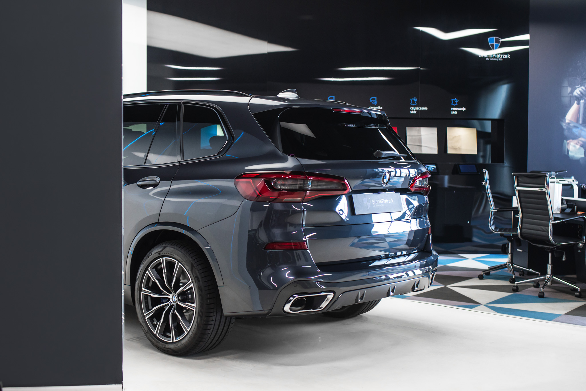 13_BMW_X5_2018_05_21_BMW_X5